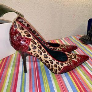 Donald Pliner Calf Hair Leopard & Croc print pumps